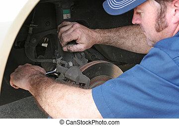 Automóvil, mecánico, trabaja, frenos