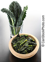 black kale chips - raw and deep fried black kale