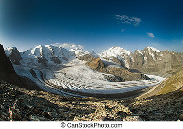 Bernina mountain range - Piz Pal�, Bellavista and Piz...