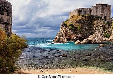 Dubrovnik Bay and Fort Lovrijenac - Picturesque coastline of...