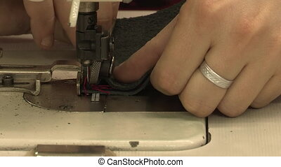 Sewing leather - Sewing together two strips of leather