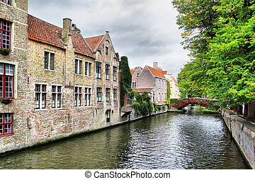 Canal in Bruges - Medieval houses on canal in Bruges,...