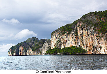 Phi Phi - Andaman sea and Phi Phi islands in Thailand