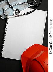 聽診器, 鋼盔, 手冊, 紅色