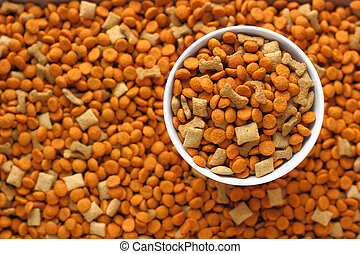 pet food in the dog dish