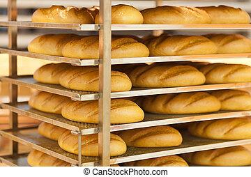 wheat bread in supermarket - fresh wheat bread on shelf in...