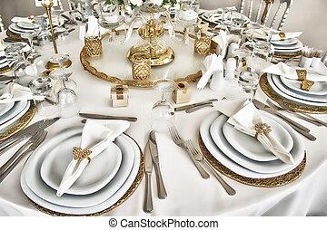 wedding 5 - wedding table
