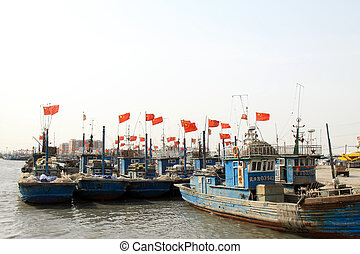 fishing boats moored in the ZuiDong fishing Wharf, Luannan...