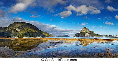 El Nido bay, Philippines - El Nido bay and Cadlao island at...