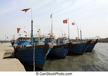 fishing boats moored in the ZuiDong fishing Wharf, Luannan...