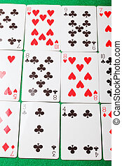 Solitaire tabletop card gaming for oneself