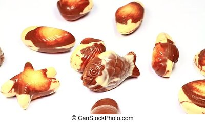 Chocolates assortment rotating - Milk and white chocolates...