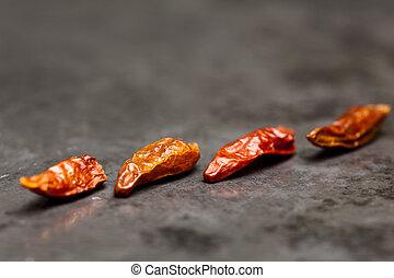 4 Chilis on Slate