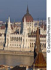 Hungría,  Budapest, Parlamento