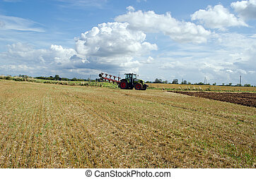 tractor prepare plow agricultural harvest field - tractor...