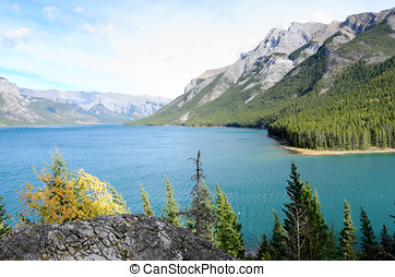 Lake Minnewanka and Mount Inglismaldie - Lake Minnewanka or...