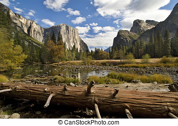 yosemite national park - scenice view of yosemite, merced...