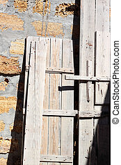 Timbering wooden - Wooden timbering brought down by the...