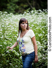 Pregnant woman - Portrait of young pregnant woman in nature