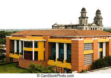 La Casa de Los Pueblos Presidential House Office and Old...