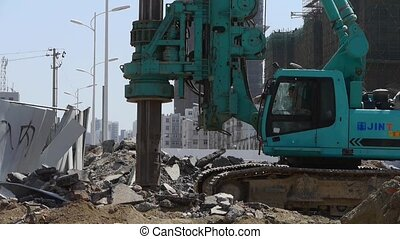 drill machinery drilling in land