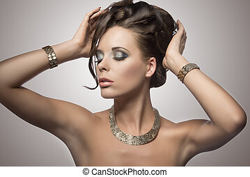 brunette woman with cute hairdo