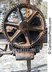 worm gear driving a very old mechanism of open water...