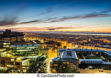 Sunset over the Edinburgh in summer