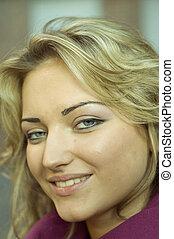 beautiful girl - Portrait of a beautiful girl