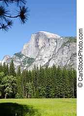 Half Dome in Yosemite - Mountain Half Dome in Yosemite...