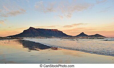 Good morning Cape Town - Landscape of Cape Town and Table...