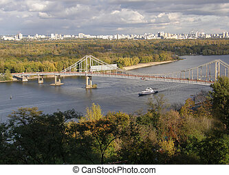 The bridge across the Dnieper. Kiev.