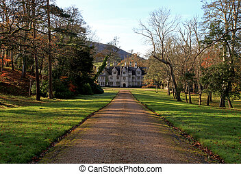 stately home in dorset - Countryside mansion in rural dorset...
