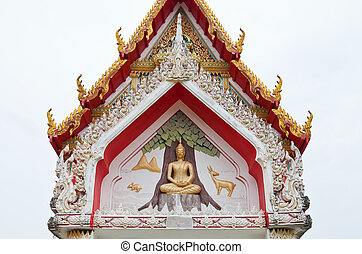 Detail of ornately decorated temple roof