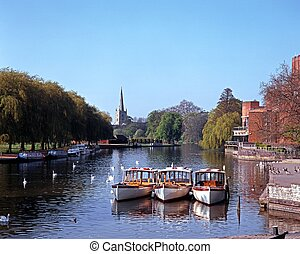 River Avon, Stratford-upon-Avon - River Avon with pleasure...