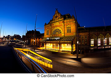 Groningen Central Station at night