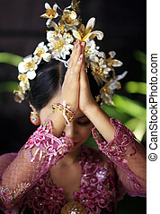 Indonesian bride prays - The Indonesian bride prays. Bali....