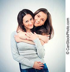 dois, femininas, amigos, Abraçando