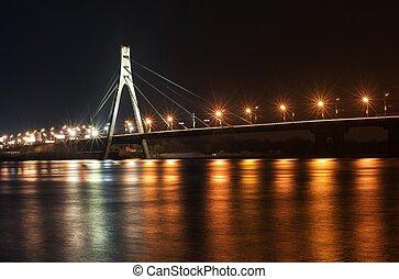 Kyiv, Moscow bridge at night - Kyiv, Moscow bridge...