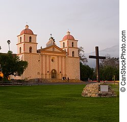 Mission Santa Barbara - Historic Spanish mission ins Santa...