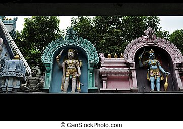 SRI MARIAMMAN HINDU TEMPLE SINGAPORE