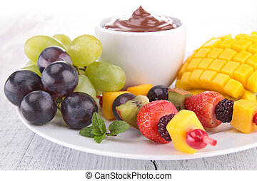 chocolate sauce with fruits