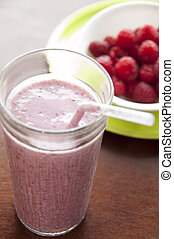 Raspberry Vanilla Smoothie - quick and healthy breakfast...