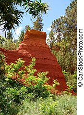 Ocher in Roussillon - The ocher walk with red cliffs in...