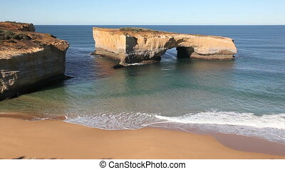 London Bridge Arch - Famous London Bridge along Great Ocean...