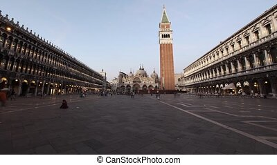 St. Mark's Square Twilight - St. Mark's Square Time Lapse...