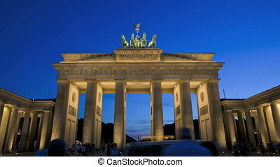 Brandenburg Gate - Sunrise in Berlin Timelapse
