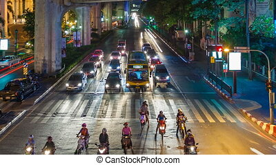 TRAFFIC IN BANGKOK - CENTRAL WORLD - Bangkok at night,...