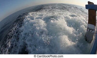 Waves - Shipping in fisheye