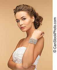 perla, mujer, pulsera, pendientes